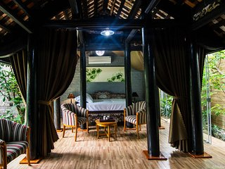 Comfortable House with Deck and Internet Access - Haiphong vacation rentals