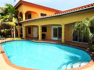 Family & Friends Villa with great pool - Noord vacation rentals