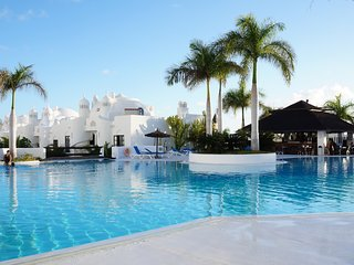 Fantastic Duplex for 6 people, Wi-Fi, Shared pool - Playa Paraiso vacation rentals
