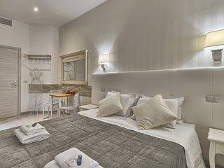 vatican tourist superior 4 - Rome vacation rentals