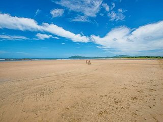 Moderm 2 bedroom condo, steps from the beach with wonderful ocean views - Tamarindo vacation rentals