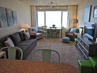 Indulge in Aqua'd Moments at the Sea Gypsy - Lincoln City vacation rentals