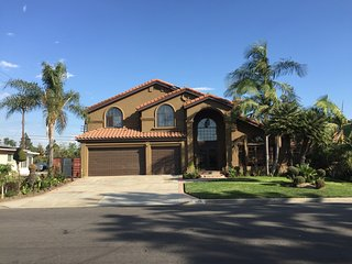 The Green Two Story Home in Downey - Downey vacation rentals