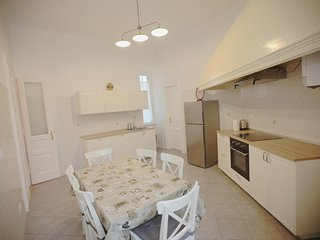 Near the Train Station, Budget solution. - Trieste vacation rentals