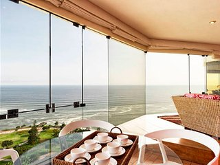 I15: PANORAMIC OCEAN VIEW, POOL & GYM - Lima vacation rentals