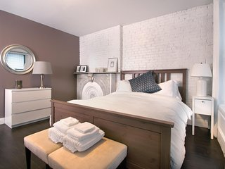 City Glam - A Legal Full Size 4 Bedroom in the Heart of Midtown NYC - New York City vacation rentals