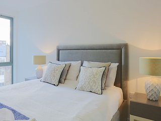 Central London Apartment #4 (Sleeps 6) - London vacation rentals