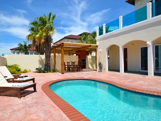 Modern Villa with Pool 750 yards from Palm Beach! - Palm/Eagle Beach vacation rentals