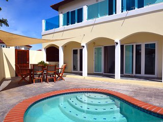 HOT DEAL! Private Villa and Pool at Merlot Villas near Palm Beach - Palm/Eagle Beach vacation rentals