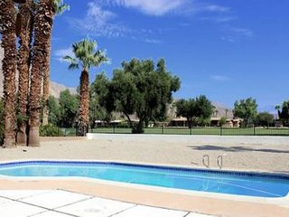 Mesa DeAnza: 2BR, 2.5BA deAnza Golf Course & Mid-Century Home with Pool - Borrego Springs vacation rentals