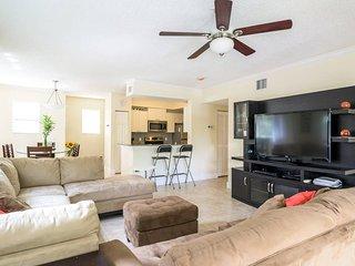 2B 2b Precious Apt in MIAMI. 7ppl - Miramar vacation rentals