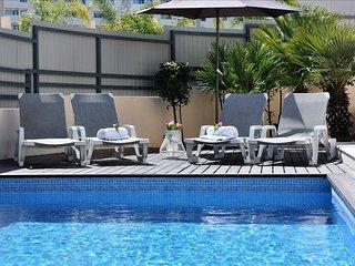 Villa Corcovada fantástica vivenda moderna com 4 quartos e piscina privada - Albufeira vacation rentals