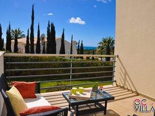 Encosta da Orada T1 GA apartamento com piscinas de água salgada - Albufeira vacation rentals