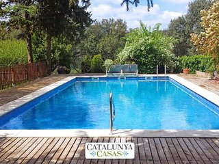Masia de Gaia for up to 20- 39 guests in the Catalonia countryside! - Gaia vacation rentals