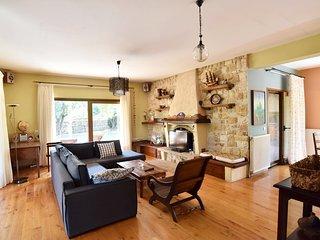 luxur detached house near the sea Makis - Dimitra - Palaio Tsifliki vacation rentals