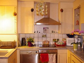Bright 4 bedroom House in Annecy-le-Vieux - Annecy-le-Vieux vacation rentals