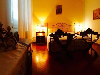 "Bed & Breakfast ""Il Gelso"" - Secondo Piano - Rivalta sul Mincio vacation rentals"