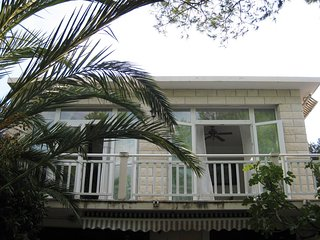 Nice Condo with Water Views and Waterfront - Drace vacation rentals