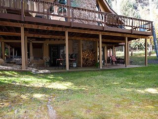 Animas River Valley Home on 1 Acre - Hot Tub - Hiking Trail - Durango vacation rentals