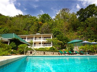 6 bedroom Villa with Internet Access in Soufriere - Soufriere vacation rentals