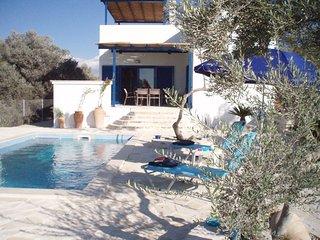 Villa neuve, tout équipé , vue sur mer et 360° - Kamilari vacation rentals