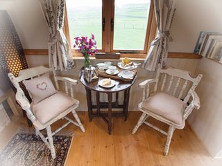 The Burton is a1940's gypsy showmans caravan - Kirkby Stephen vacation rentals