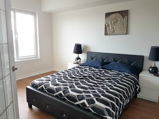 Bright and Spacious 2 BR Suite - Rideau Canal (2b) - Ottawa vacation rentals