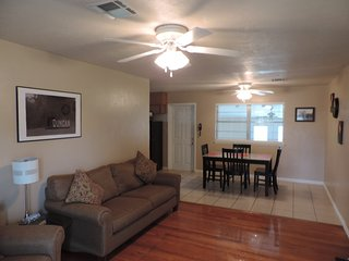 Very Nice, Warm Spacious 3 Bedroom House - Duncan vacation rentals
