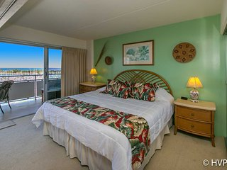 Ilikai 908 Ocean / Sunset / Marina Views King Bed - Honolulu vacation rentals
