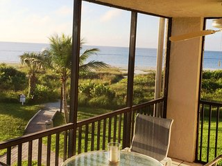 Sanibel Surf Sounds & Beachfront View, Bikes/Wifi - Sanibel Island vacation rentals
