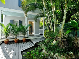 Family House at Center Court w/Pvt. 6 person spa! - Key West vacation rentals