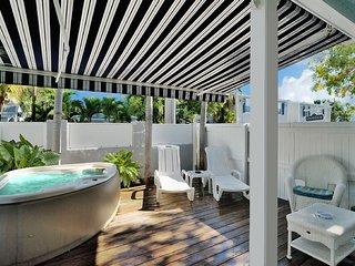 Honeymoon Hideaway at Center Court-Pvt. Spa/Deck - Key West vacation rentals