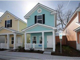 Gulfstream MRV43, New 2-BR cottage, 1 block to Beach! - Myrtle Beach vacation rentals