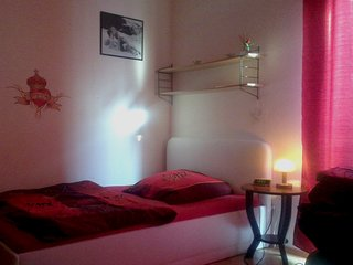 Cozy 1 bedroom Mannheim Apartment with Internet Access - Mannheim vacation rentals