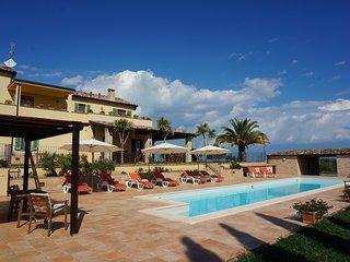 Villa Chatoè, Il luogo in cui l'armonia trova casa - Ripatransone vacation rentals