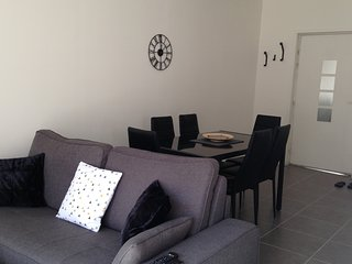 Cozy 1 bedroom Cergy Apartment with Internet Access - Cergy vacation rentals