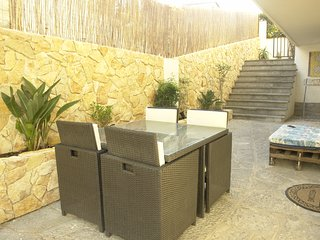 One Bedroom Apartment with Outdoor Patio - Cascais vacation rentals