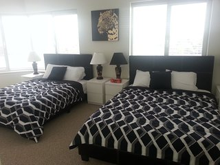 Bright and Clean 2 BR Suite - Rideau Canal (2d) - Ottawa vacation rentals