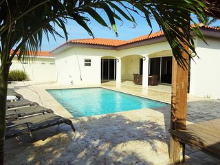 Great, modern and relaxing villa at Esmeralda! - Noord vacation rentals
