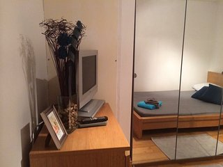 Modern double room in Chiswick (C1) - London vacation rentals