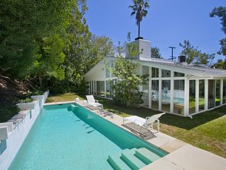 Gorgeous Villa with Internet Access and DVD Player - West Hollywood vacation rentals