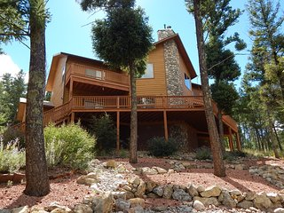 Crown Royal - Modern mountain cabin - Ruidoso vacation rentals