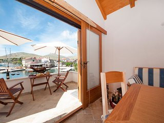 Holiday Home Queen Of Kornati - Two Bedroom Apartment with Sea View - Kornati Islands National Park vacation rentals