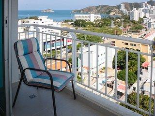 Apartamento con balcón y vista al Mar 1109RES - Santa Marta vacation rentals