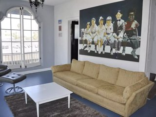 Beautiful 2bed Loft on Melrose, in West Hollywood! - Los Angeles vacation rentals