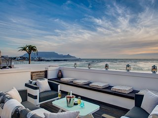Santa Maria 1 - Bloubergstrand vacation rentals