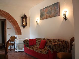 2 bedroom Condo with Wireless Internet in Siena - Siena vacation rentals