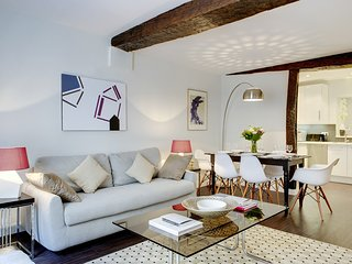 Apartment Bretagne holiday vacation apartment rental france, paris, 3rd - 3rd Arrondissement Temple vacation rentals