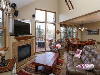 Highland Greens 33 Townhome Hot Tub Breckenridge Colorado - Breckenridge vacation rentals