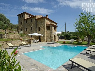 Beautiful Villa with DVD Player and Microwave - Pergo di Cortona vacation rentals